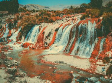 The Waterfall – Large